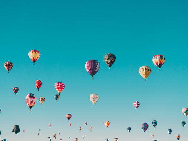 Giv et luftballon gavekort- den perfekte oplevelsesgave