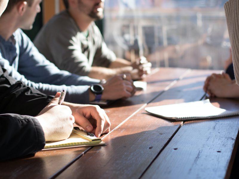 Hold styr på dine møder med et ordentligt mødebooking system